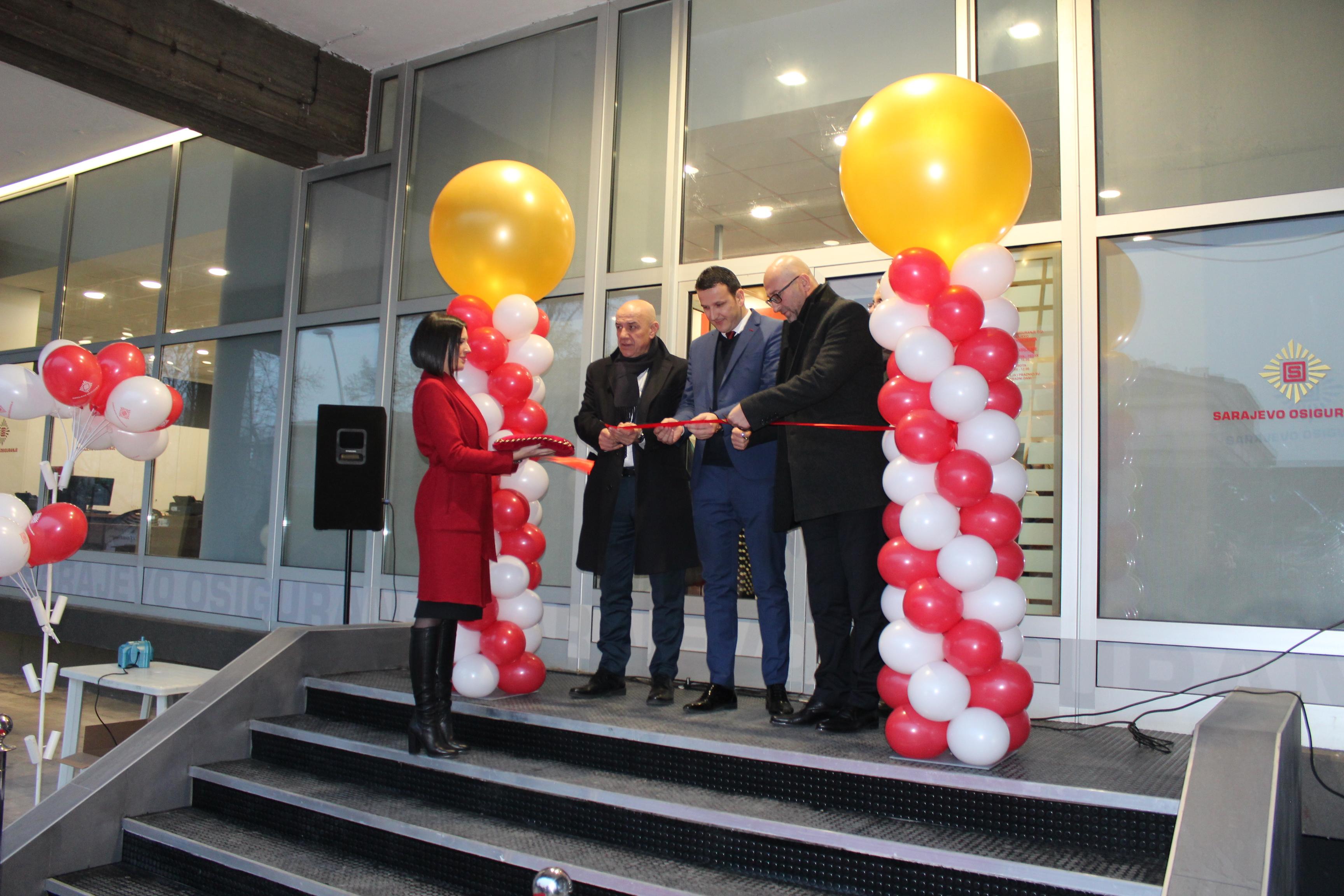 Svečano otvaranje prodajnog centra u Zenici